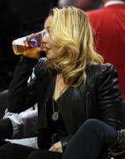 Хайден Панотье, фото 14529. Hayden Panettiere - watching a basketball game at the Staples Center 03/07/12, foto 14529