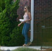 Jennifer Aniston- Butt in Jeans on the set of &amp;quot;We're The Millers&amp;quot; in WIlmington, NC 08/17/12