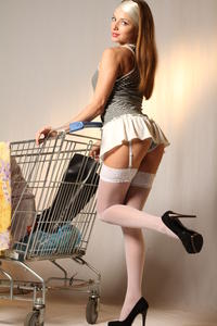http://img298.imagevenue.com/loc9/th_999419191_tduid300163_MetArt_Entita_Alyssa_A_high_0004_123_9lo.jpg